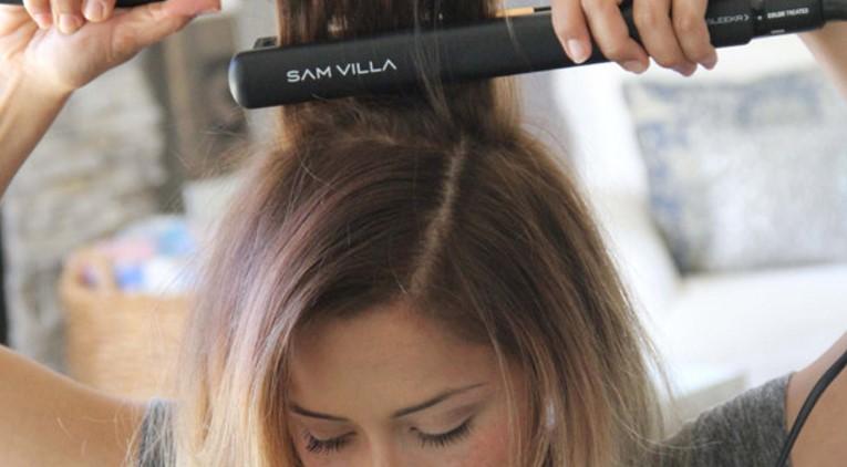 أضرار مكواة الشعر