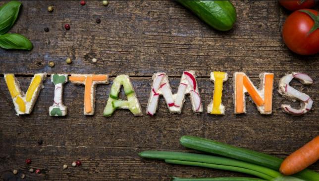 أنواع الفيتامينات و فوائدها ومصادرها وأين توجد؟