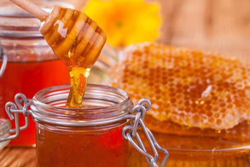 علاج القولون التقرحي بالعسل