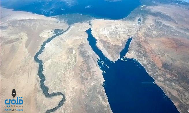 اين يقع البحر الاحمر