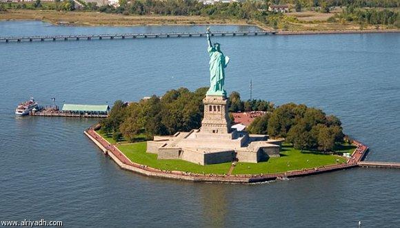 أين يوجد تمثال الحرية