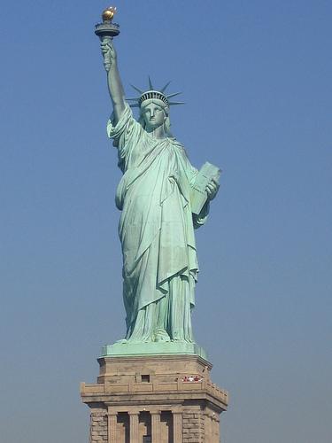 حكاية تمثال الحرية والسفر إلى نيويورك بدلا من قناة السويس Alghad