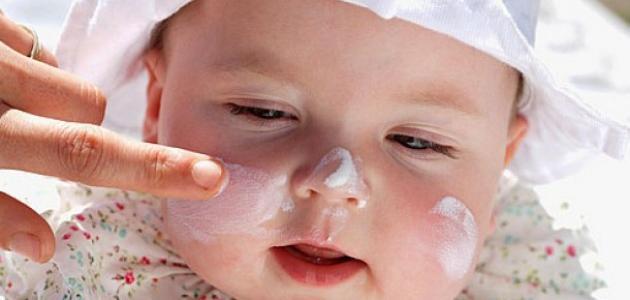 كيف أفتح بشرة طفلي