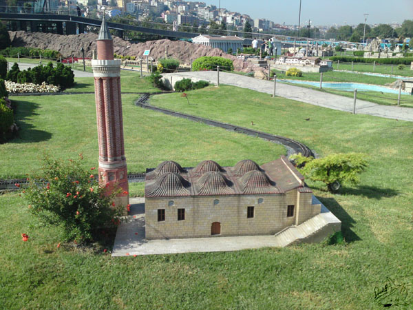 حديقة تركيا المصغرة ميني تورك