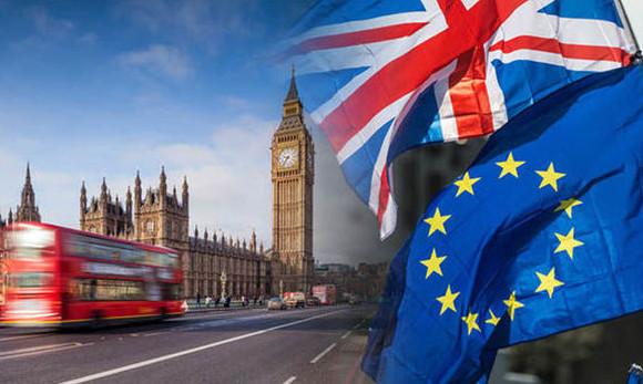 شروط استخراج فيزا بريطانيا سياحة 2018