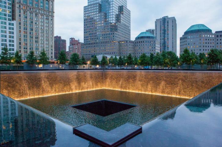السياحة في نيويورك - النصب التذكاري لذكرى 11 سبتمبر