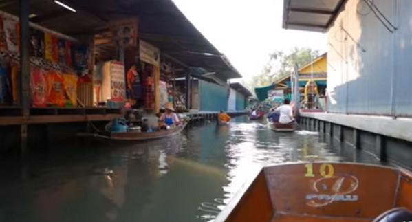 السياحة في بانكوك - السوق العائم